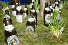 Freizeit-Messe-2701017-Bierflaschen-Blumenersatz