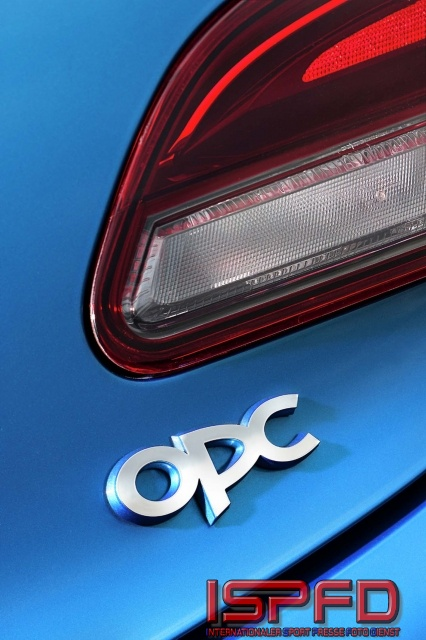 Opel Astra OPC-3